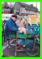 MÉTIERS - RÉMOULEUR, RUE DES MARTYRS À MAROMME (76) - MONSIEUR DELAGE - SALON DE LA VALLÉE DE CAILLY EN 1993 - - Marchands Ambulants
