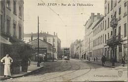 Dpts Divers-ref-MM103 - Rhone -  Lyon - Rue De La Thibaudiere - Tramway - Tramways - Transports - Carte Bon Etat - - Lyon
