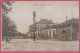 51 - VITRY LE FRANCOIS---La Gare----animé - Vitry-le-François