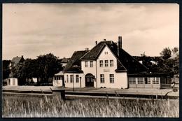 9174 - Alte Foto Ansichtskarte - Ückeritz Usedom - Bahnhof - Gel 1960 - Stazioni Senza Treni