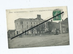 CPA  -  Le Neubourg  (Eure) - Les P.T.T. Inaugurées En 1912 Et L'Hôtel De Ville - Le Neubourg