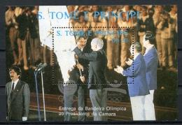 Sao Tome E Principe, 1988, Olympic Games, Emblems Printed In Silver, MNH, Michel Block 184s - Sao Tome En Principe