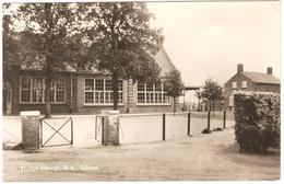 Hooge-Mierde - R.K. School - Nederland