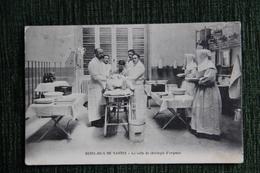 HOTEL DIEU De NANTES - La Salle De Chirurgie D'Urgence. - Nantes