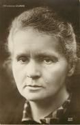 Philosophie & Pensées - Ecrivains - Physicienne - Femmes - Femme - Marie Curie Née à Varsovie Pologne - Poland - Pologna - Filosofia & Pensatori