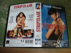 "Rare Film : "" Striptease "" - Krimis & Thriller"