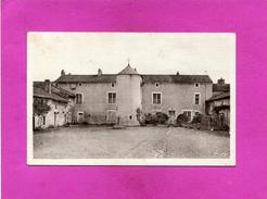 JAZENEUIL  1950  /  ARDT POITIERS  / CANTON LUSIGNAN /   LE LOGIS DES RELIGIEUSES     CIRC OUI EDITEUR - Autres Communes