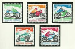 Gabon  N°360 à 364 Neufs** Cote 5.30 Euros - Gabón (1960-...)