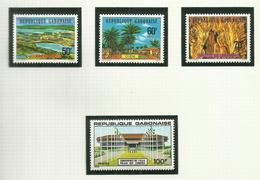 Gabon  N°373 à 376 Neufs** Cote 3.45 Euros - Gabon (1960-...)