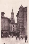 G , Cp , 87 , SAINT-LÉONARD , Vieilles Maisons , Place De La République - France