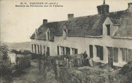 Equihen - Maison De Pêcheurs Sur La Falaise - France