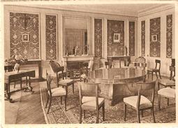 GERPINNES (6280) : Institut N.D. De Loverval - Pensionnat Pour Jeunes Filles Des Soeurs De Charité De Gand : Salon. CPSM - Gerpinnes