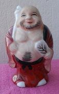 Statuette D'un Bouddah, En Porcelaine Du JAPON Hauteur 9 Cm - Art Asiatique