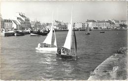 Saint-Vaast-la-Hougue (Manche) - Voiliers Dans Le Port (Vaurien) - Carte CAP N° 1635 - Saint Vaast La Hougue