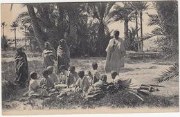 Gabes - Groupes D'enfants  - (30. ND Phot.)  - (Tunesie) - Tunesië