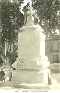 Cavaillon. Le Monument Gambetta. - Cavaillon