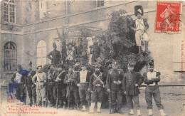 10 - AUBE / Troyes - Fête De La Sidi Brahim - Anciens Chasseurs - Beau Cliché Animé - Défaut - Troyes