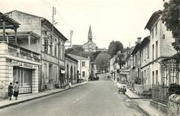 LATRESNE-CASTERA - La Grande Rue. - France