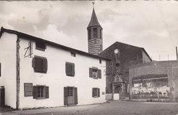 OSSES L EGLISE ET LE FRONTON Timbrée Circulée 1953 - Other Municipalities