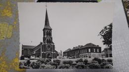 CARNIERES église Saint Hilaire - België