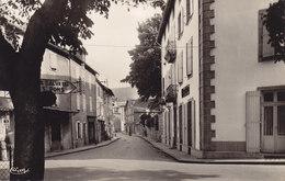 LACAUNE LES BAINS TARN Station Estivale 850 Métres La Rue De La République Et L Hotel Fusies - Andere Gemeenten