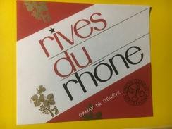 2953 - Suisse Rives Du Rhône Gamay  De Genève - Etiquettes