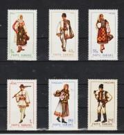 1968 Costumes Regionaux   Mi No 2739/2744 Et Y&T No 2434/2439 MNH - 1948-.... Republiken