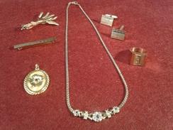 Lot De 5 Bijoux En Plaqué Or - (chaine 20cm + Bague 20 (60)) - Trés Bon état - Jewels & Clocks