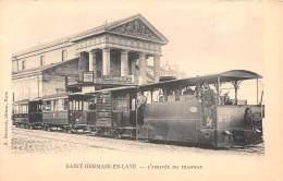 78 - YVELINES / Saint Germain En Laye - L'arrivée Du Tramway - Gros Plan - Superbe !!! - St. Germain En Laye (Château)