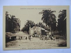 BENIN  -  EGLISE DE TOPO          TRES ANIME                 TTB - Benin