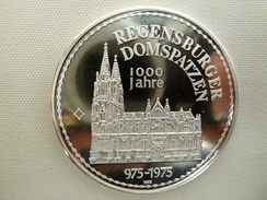Medaille Regensburger Domspatzen 1000 Jahre - [ 7] 1949-… : RFA - Rép. Féd. D'Allemagne