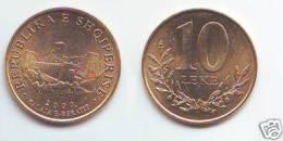 Albania 10 Leke 2000 - Albania