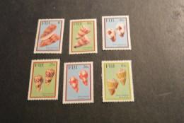 F8239- Set  MNH Fiji- 1987- SC. 564-569- Mi-559-564- Cone Shells - Coquillages