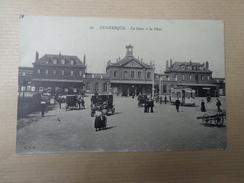 CPA 59 DUNKERQUE LA GARE ET LA PLACE  VOITURE ANCIENNE ET CALÈCHES - Dunkerque
