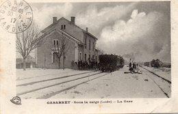 40 GABARRET LA GARE ANIMEE DEPART DU TRAIN SOUS LA NEIGE - Gabarret