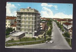 CPSM ITALIE - CARPI - Nuovi Quartieri - TB PLAN En Détails Maisons Immeubles Animation + Automobiles Dont FIAT 500 - Carpi
