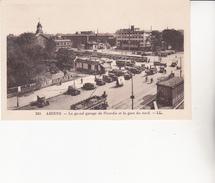 CPA (80) AMIENS. Le Garage De Picardie, Gare Du Nord. Voit Ancienne, Pub Martini, Renault,Citroën, Tramway, Vélo ...U511 - Amiens
