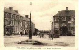 N°32878 -cpa Montmartin Sur Mer -la Route De Granville- - Montmartin Sur Mer