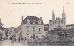 61. LA CHAPELLE MONTLIGEON. CPA  ANIMATION ENTRÉE DU BOURG. - Frankreich