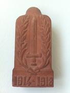 "Borne Terre Cuite  "" Souvenir "" - 1914-18"
