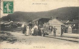 ALLARMONT. UN TRAIN EN GARE - Frankrijk