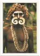 T1739 Papua Nuova Guinea - Guerriero Asmat - Cartolina Con Legenda Descrittiva / Non Viaggiata - Océanie
