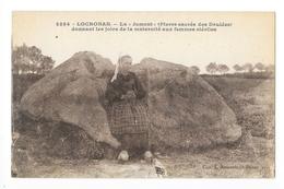 """LOCRONAN  (cpa 29)  La """"jument"""" Pierre Sacrée Des Druides  -   - L 1 - Locronan"""
