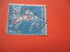 Perforé  Perfin  Référence Ancoper France  :    CR355 - France