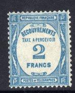 France Taxe N° 61  X  Taxe à Percevoir : 2 F.bleu, Trace De  Charnière Sinon TB - Taxes
