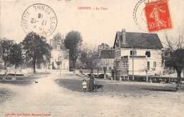 89 - YONNE / Leugny - La Place - Beau Cliché Animé - Sonstige Gemeinden