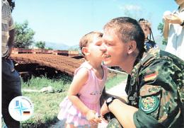 """NATO-Einsatz Bundeswehr Feldpost,GECONSFOR(L)-SFOR,1999 Feldpostkarte """"Lachen Helfen"""", Ungebraucht - Militaria"""