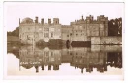 RB 1141 -  1941 Real Photo Postcard - Leeds Castle Kent - England