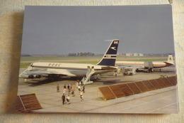 B 707    BOAC  G ARRB  HEATHROW AIRPORT - 1946-....: Era Moderna