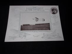 Aviation. Grand Chromo  Légèrement Cartonné 18 X 25. Paulhan Volant Sur Un Biplan Farman.Voir 3 Scans. - Chromos